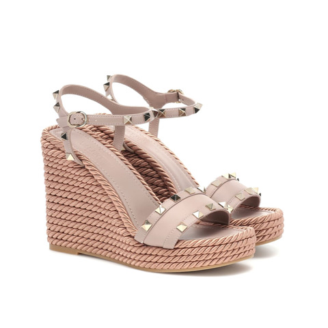 Rockstud wedge