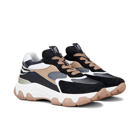 Hyper active sneaker