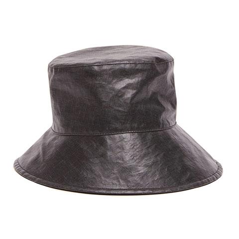 Loiena hat